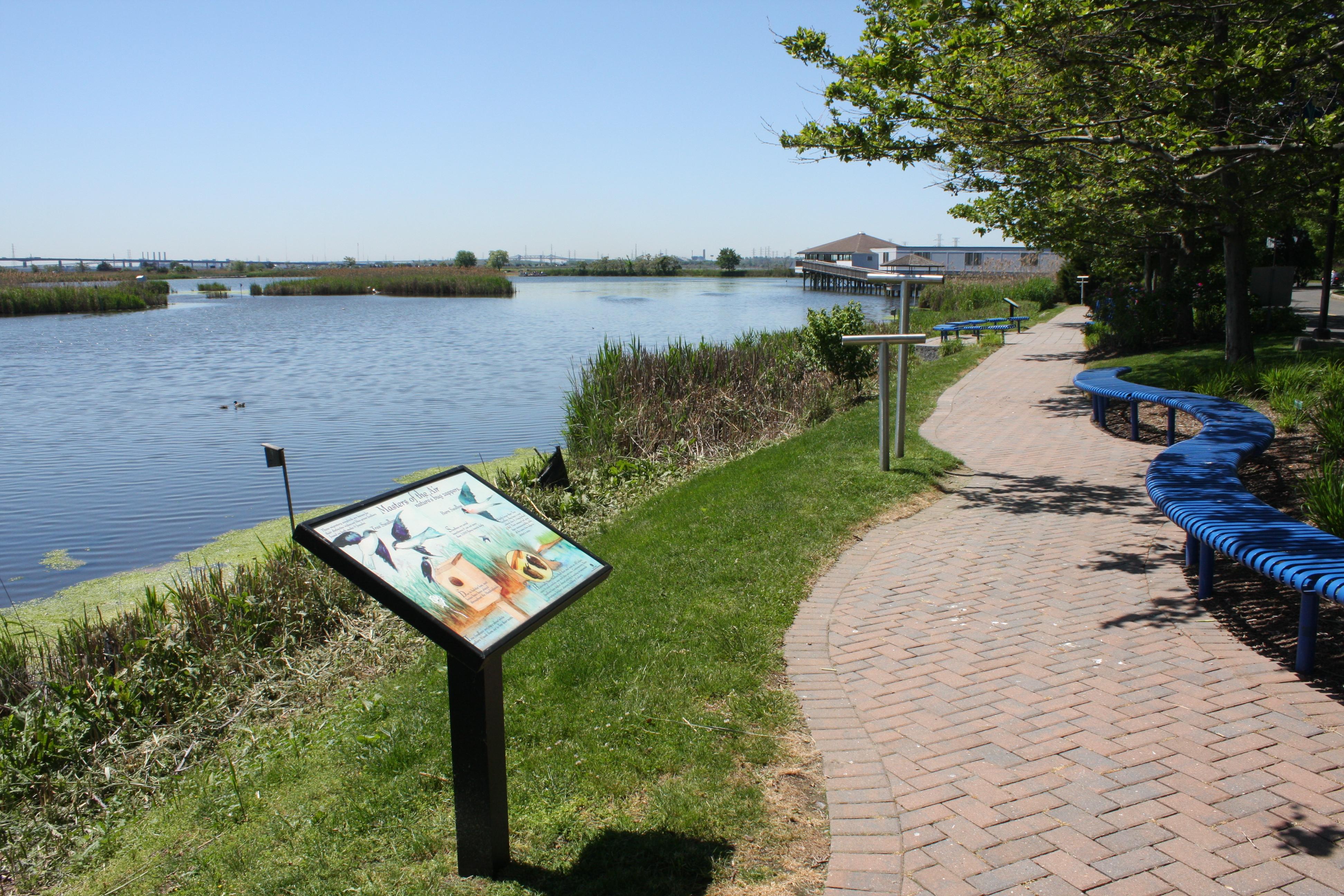 dekorte park - shorewalk