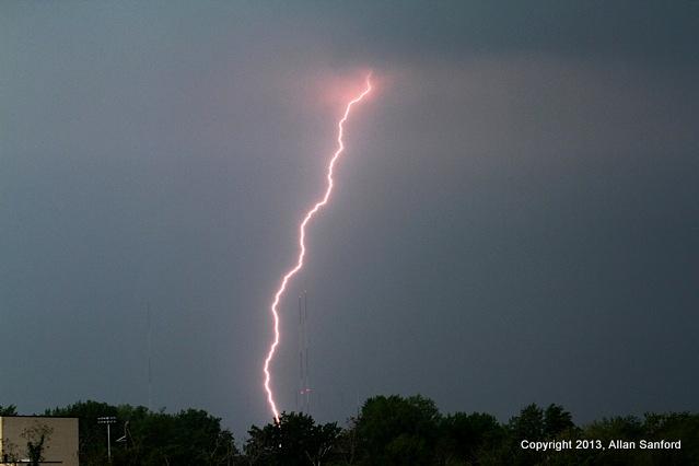 Lightning  allan-001