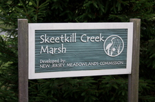 Skeetkill_creek_marsh_sign_2