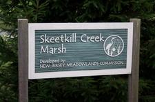 Skeetkill_creek_marsh_sign_2